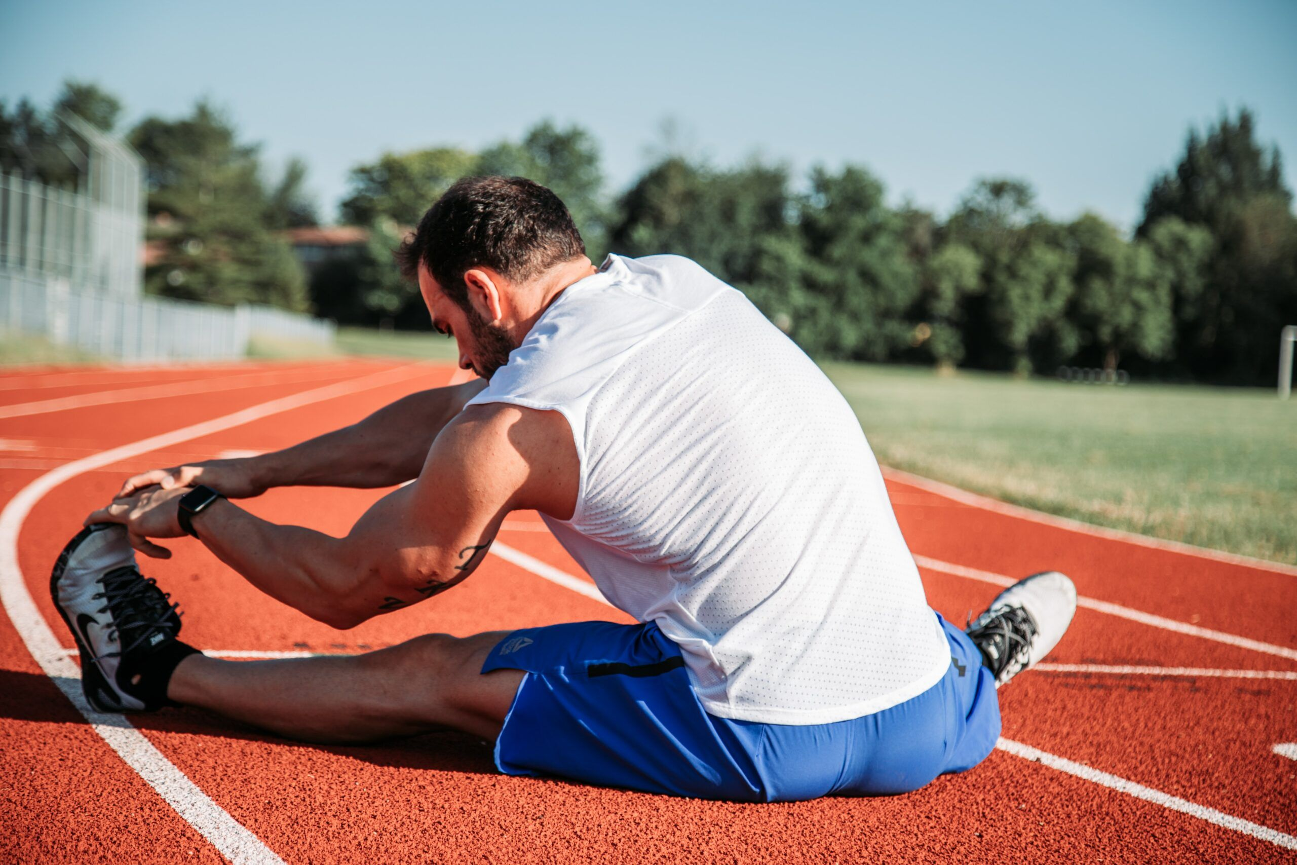 Hyperbolic Stretching For Runners